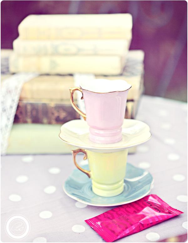 {Buffet de nos fiançailles} Love, vintage, cupcakes & bagels