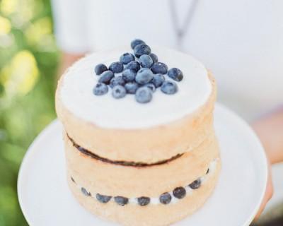 Sponge cake printanier aux myrtilles