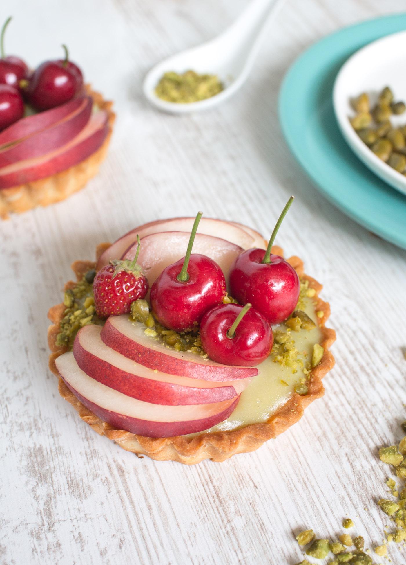 Blanccoco_Photographe_Tartelettes_pistache_fruits_styliste_culinaire-4